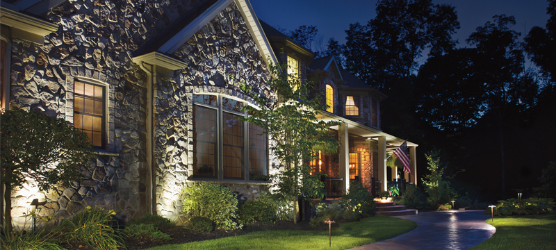 Outdoor Lighting | Low-voltage Landscape & Holiday Lighting